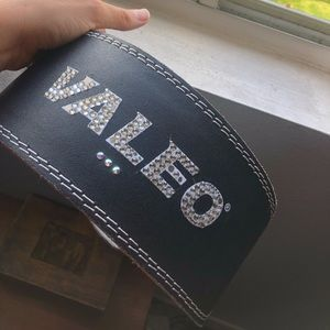 Sequined Valeo weight belt